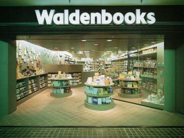 Store Showcase – Waldenbooks