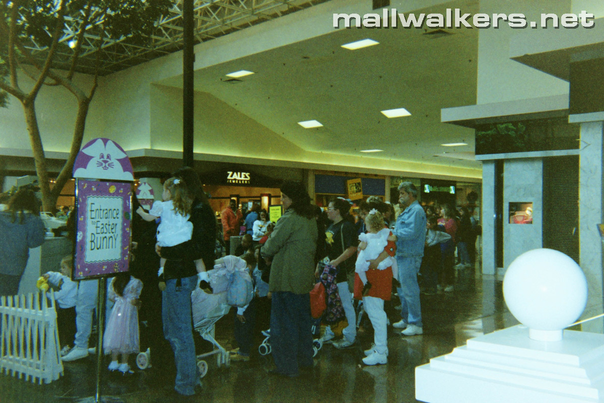 Easter Bunny Rolling Acres Mall
