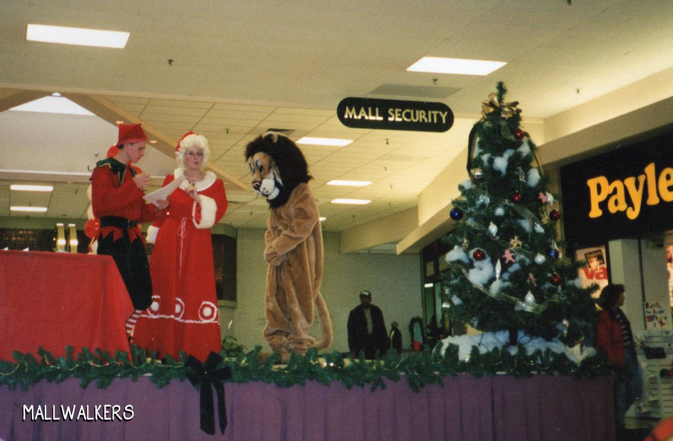 Rolling Acres Mall Christmas 1998 Payless Shoes