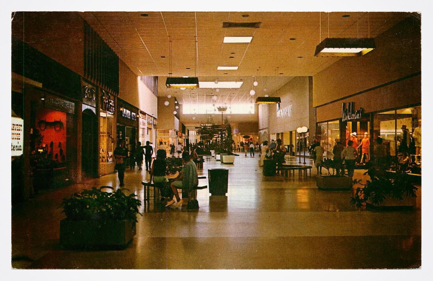 Midway Mall Elyria Ohio Postcard